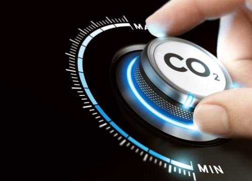 Hand am CO2-Regler